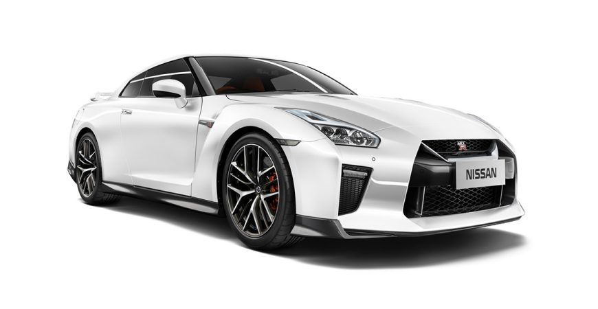 SPECIFICATIONS. NISSAN GT R